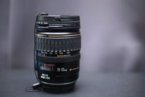 Canon EF 28-135mm f/3.5-5.6 USM Lens for Sale in Bell, CA
