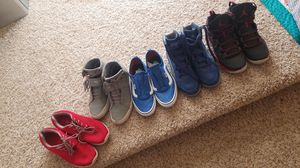 5 pair of Mens sneakers/casual shoes. Sizes 8.5-9 (Branded) for Sale in Ashburn, VA