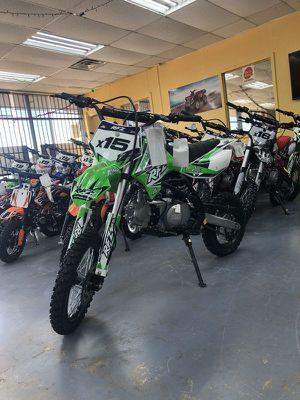 Apollo 125cc manual transmission dirt bike for Sale in Grand Prairie, TX