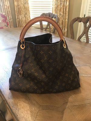 Louis Vuitton Artsy MM for Sale in Buford, GA