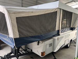 2005 Fleetwood Valor pop up tent trailer for Sale in Murrieta, CA