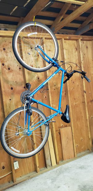 Schwinn bicycle for Sale in Renton, WA