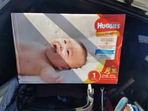Huggies little snugglers size 1 for Sale in Spring Branch, TX