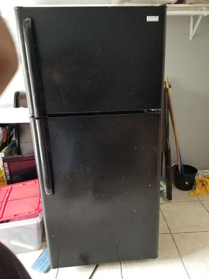 Refrigerator for Sale in Cutler Bay, FL