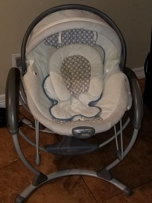 Baby swing for Sale in Pasadena, TX