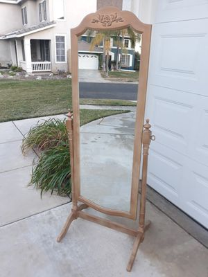 "VINTAGE ""THOMASVILLE"" FULL LENGTH FLOOR MIRROR (1975') for Sale in Corona, CA"