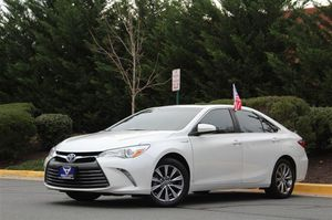 2015 Toyota Camry Hybrid for Sale in Sterling, VA