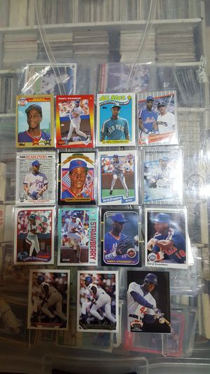 Daryll strawberry baaeball card lot for Sale in Brooklyn, NY