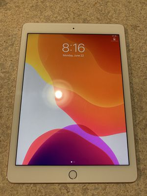 *New Condition iPad Pro 128GB/ AppleCare+ for Sale in Washington, DC