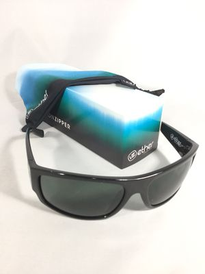 """New Bon Zipper """"Semi"""" Sunglasses for Sale in Torrance, CA"""