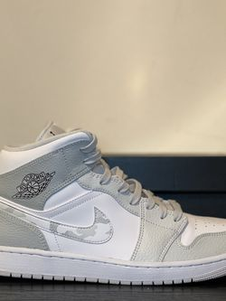Air Jordan Mid Grey Cameo for Sale in Bloomington,  IL
