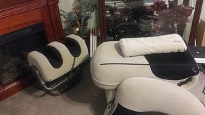 IJOY MASSAGE CHAIR AND LEG MASSAGER for Sale in Longview, TX