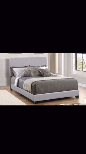 Queen bed frame with mattress and box spring 260$ only delivery available for Sale in Elmwood Park, IL