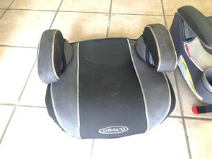 Graco Booster seat with hidden cup holder for Sale in Hialeah, FL