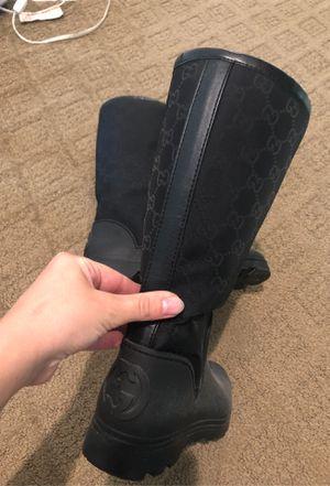Gucci rain boots size 37 for Sale in Milton, WA