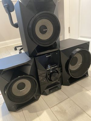 Sony Stereo Radio system boom box for Sale in Chicago, IL