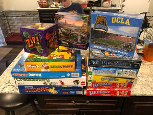 Family game night. Disney Pictopia, Plants vs Zombies Risk (collectors), LEGO creationary, Head Banz, and more. for Sale in Whittier, CA