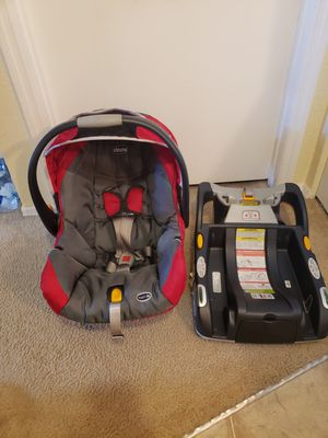 CHICCO BABY CAR SEAT for Sale in Kissimmee, FL