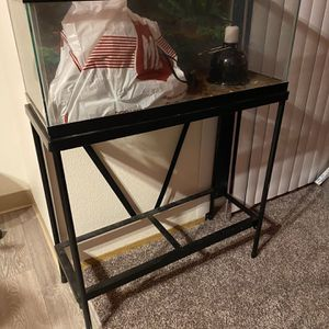Small Reptile Tank W/ Stand for Sale in Happy Valley, OR
