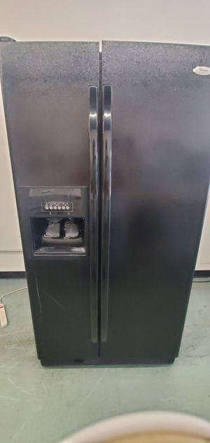 Black Whirlpool Refrigerator for Sale in Littleton, CO