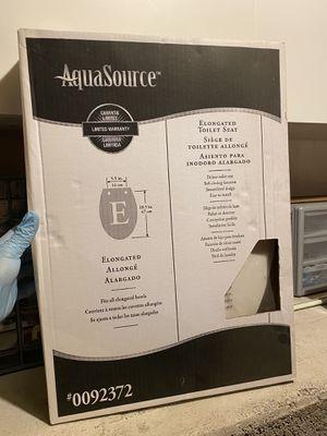AquaSource Toilet seat for Sale in Kennewick, WA