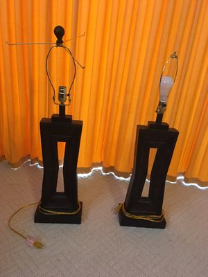 2 lamps and floor lamp for Sale in Orlando, FL