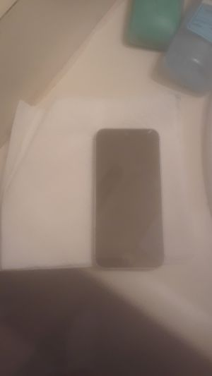 Iphone 5 SE for Sale in Raleigh, NC
