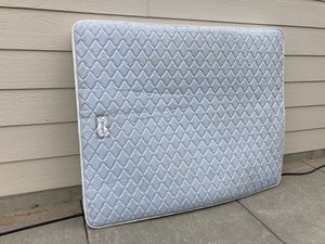 DuPont Short Queen Mattress for Sale in Andover, KS