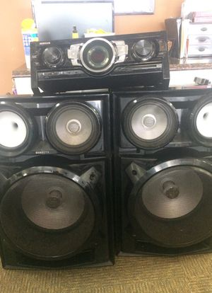 Samsung Bluetooth receiver and 2 large speakers for Sale in Chesapeake, VA