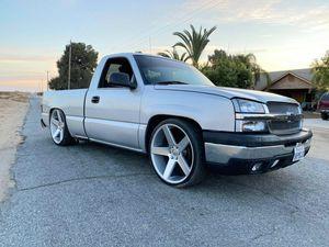 2003 chevy silverado for Sale in Dinuba, CA
