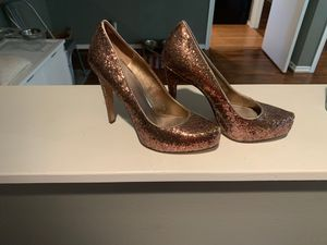 BCBG rose gold glitter heels size 7 for Sale in Dallas, TX