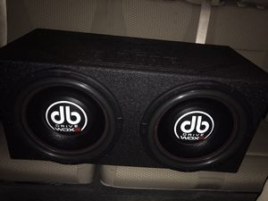"""2-15"""" dB drive wdx g2 subwoofers in Q bomb box like new for Sale in Hialeah, FL"""