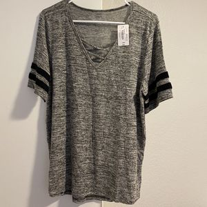 New Name Brand Tops, Size Large for Sale in Fontana, CA