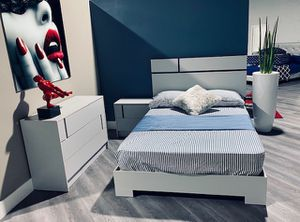 New 4 piece bedroom set free delivery and installation. Bed frame PLUSH MATTRESS, night stand and dresser for Sale in Pembroke Pines, FL