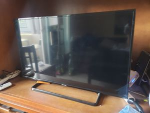 "Panasonic TV 40"" for Sale in San Diego, CA"
