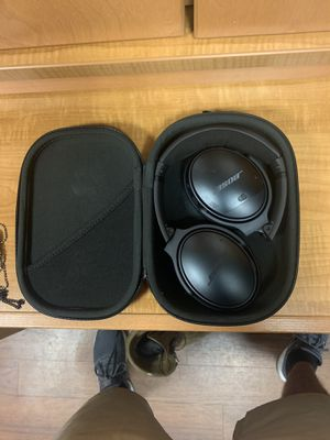 Bose Headphones for Sale in Havelock, NC