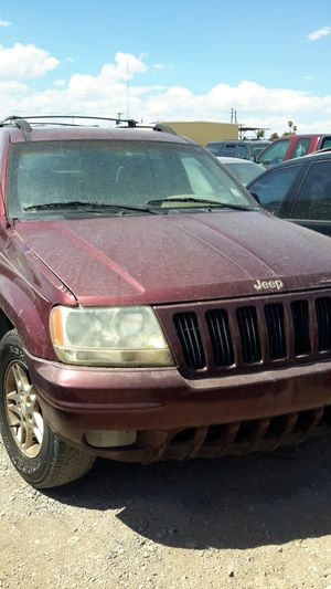 1998 jeep chenokee for parts for Sale in Las Vegas, NV