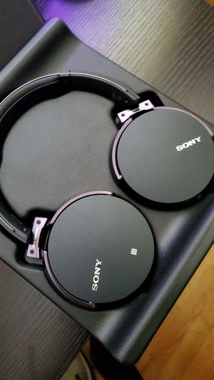 Sony MDR Bluetooth Headphones for Sale in McChord Air Force Base, WA