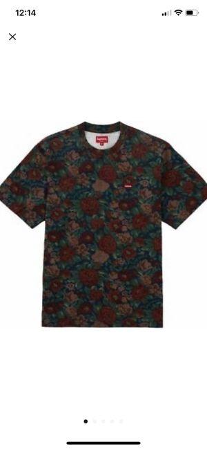 Supreme small box logo t-shirt for Sale in Winston-Salem, NC