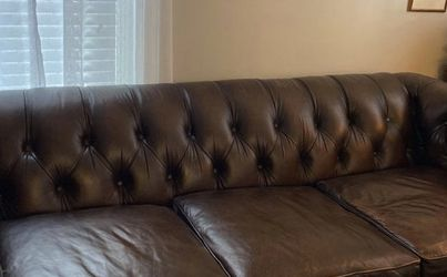 Leather couch for Sale in Nashville,  TN