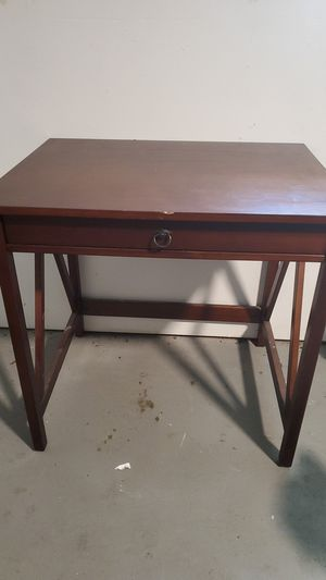 Desk table for Sale in Friendswood, TX