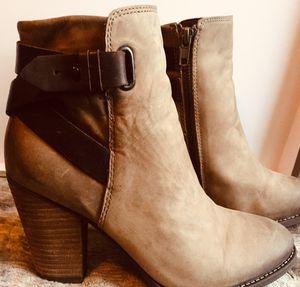Women's Tan Suede ALDO Ankle Boots size 7 1/5 for Sale in Everett, WA