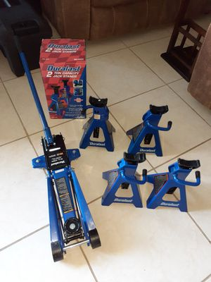 Duralast 2 ton jack and 6 stands. 2 still in the box. $115 for Sale in Hialeah, FL