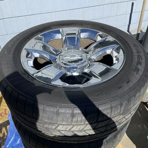 """20"""" Chevy LT Chrome Rims And Tires 275/55 R20 for Sale in Irwindale, CA"""