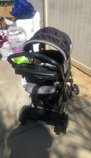 Double stroller for Sale in Moreno Valley, CA