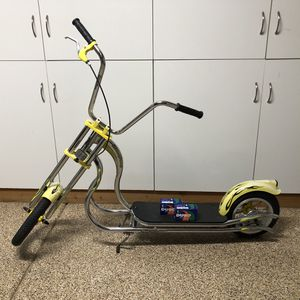 Vintage Schwinn Stingray Chopper Style Push Scooter in Yellow - RARE COLLECTIBLE for Sale in Phoenix, AZ