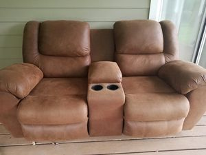 Reclining Love Seat for Sale in Fort Meade, MD