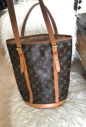 AUTHENTIC LUIS VUITTON BUCKET BAG LARGE !! GOOD CONDITION!! LV PURSE for Sale in Fresno, CA