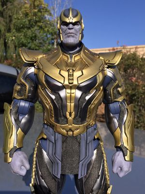 Hot Toys 1/6 Scale GOTG Thanos *loose* for Sale in San Diego, CA