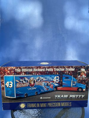 Richard petty tractor trailer for Sale in Deltona, FL